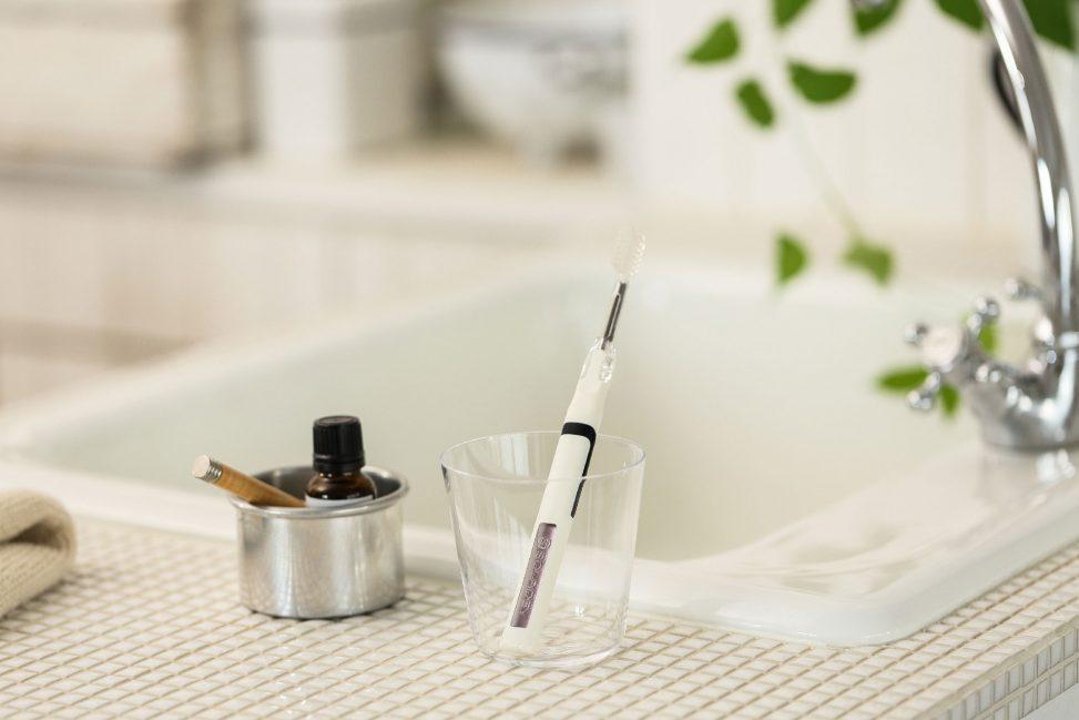 ソーラー歯ブラシのリニューアルデザイン