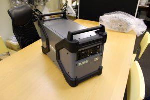 バッテリー搭載電源の試作機